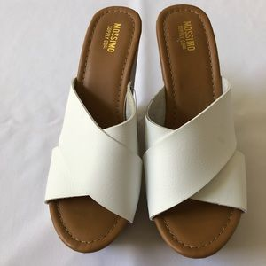 Mossimo White/Tan Wedge Platform Sandals